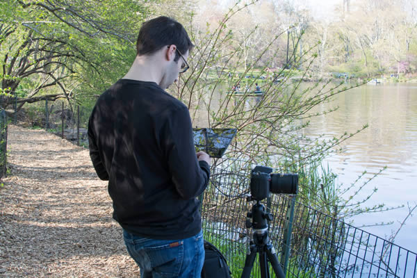 How to Tether a DSLR Camera to a Tablet With a USB Cable